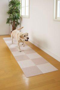 ワンちゃんも歩きやすい床に。